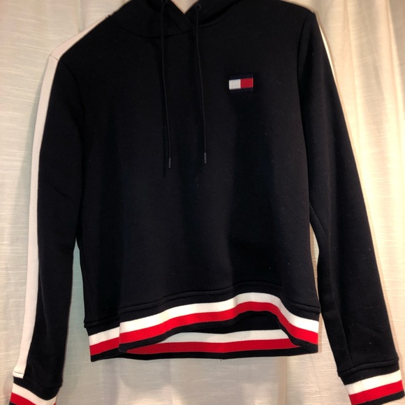 Tommy Hilfiger Tops - tommy hoodie
